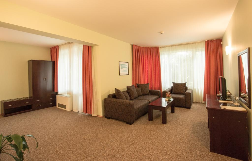 هتل دایوستا وارنا