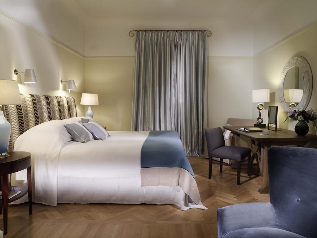 هتل آستوریا سن پترزبورگ