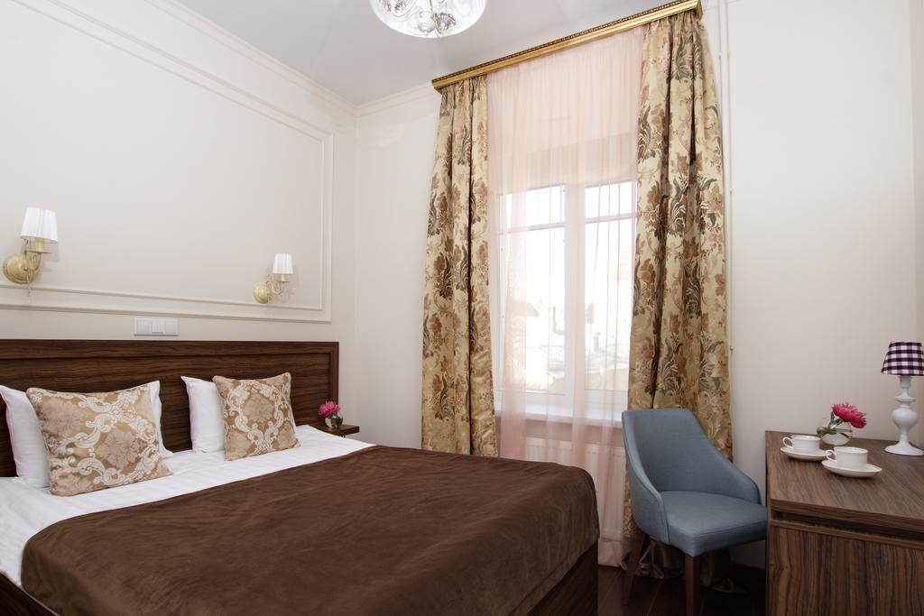هتل گلدن ایج سن پترزبورگ