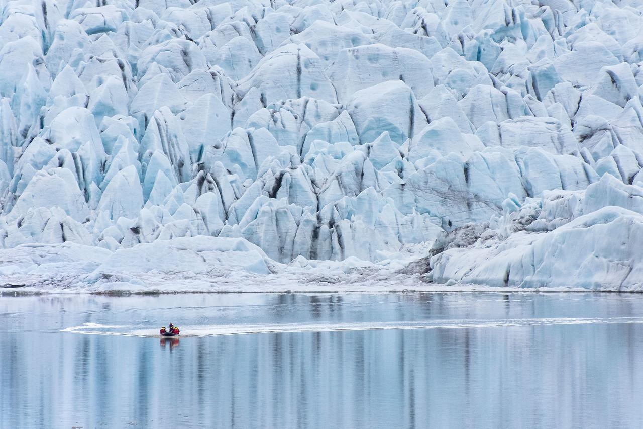 غار یخی واتنایوکول ایسلند