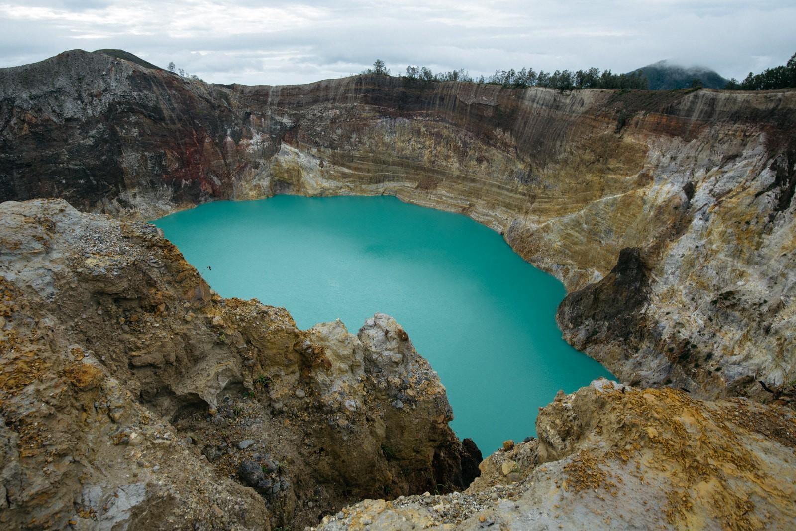 دریاچه کلیموتو تغییر رنگ