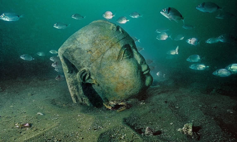 موزه زیر آب اسکندریه مصر