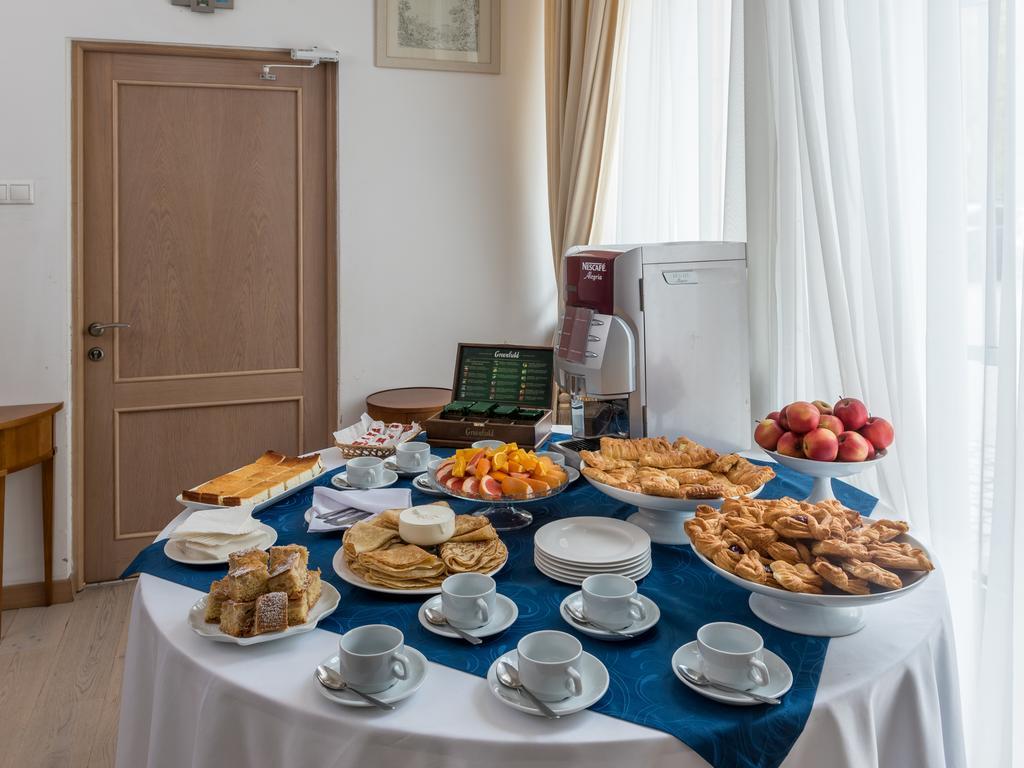 هتل اویالوکس مسکو