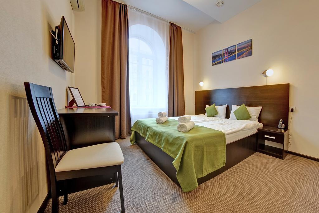 اسفرا هتل نوسکی 163 سن پترزبورگ