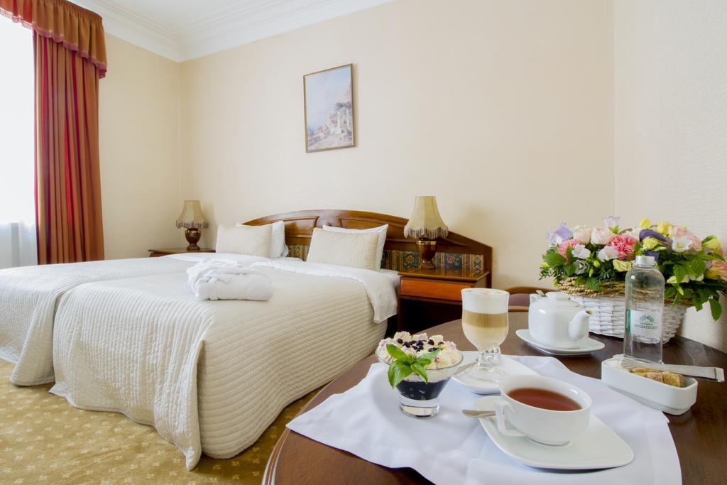 هتل بوداپست مسکو
