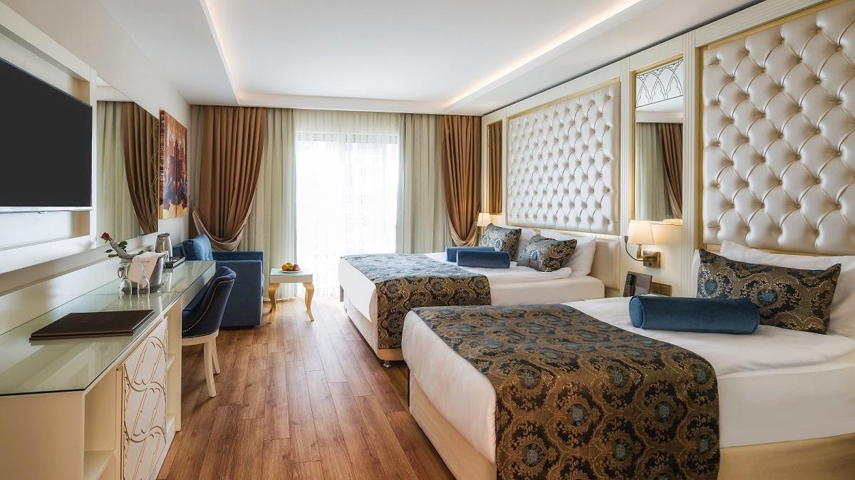 هتل آنتیک رومن پالاس آلانیا