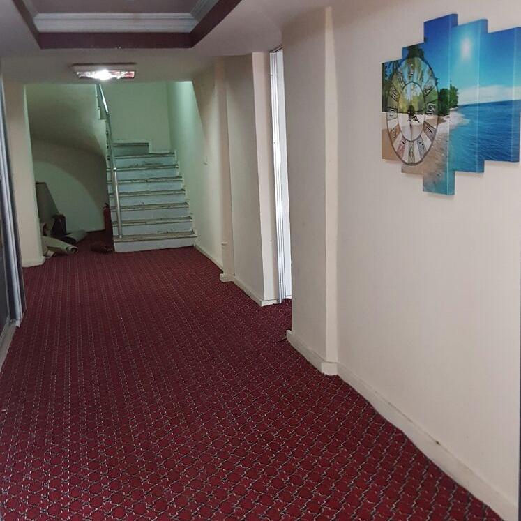 هتل مادی وان