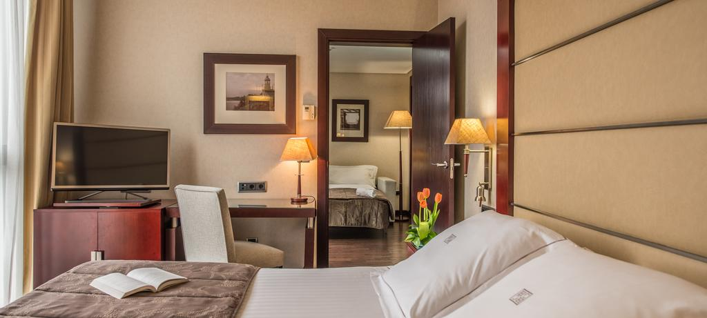 هتل والنسیا سنتر