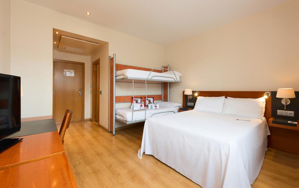 هتل والنسیا اوسنیک