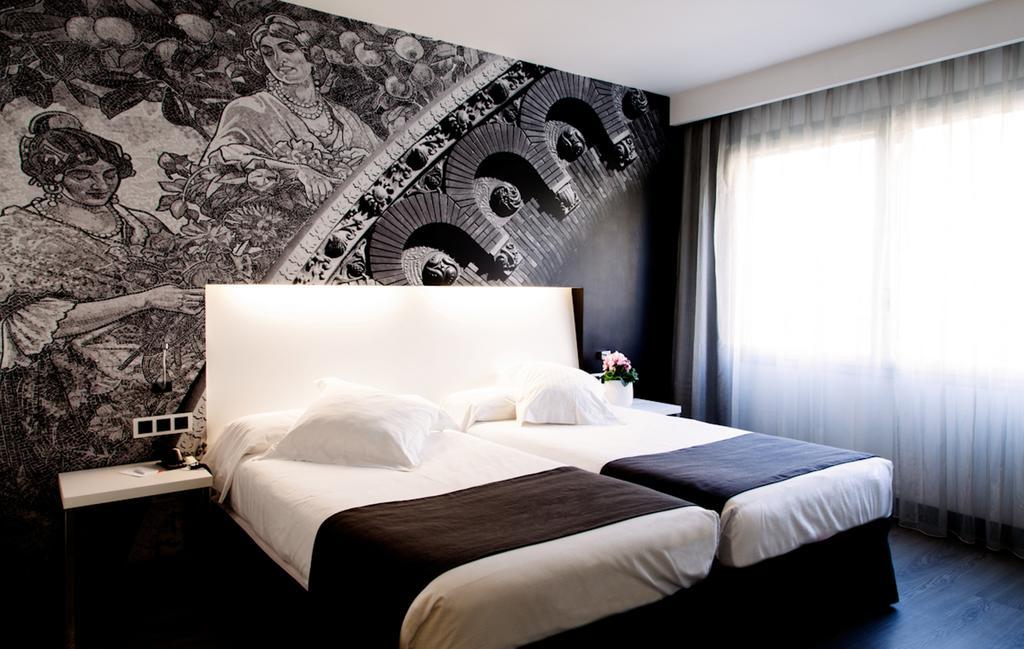 هتل دیمار