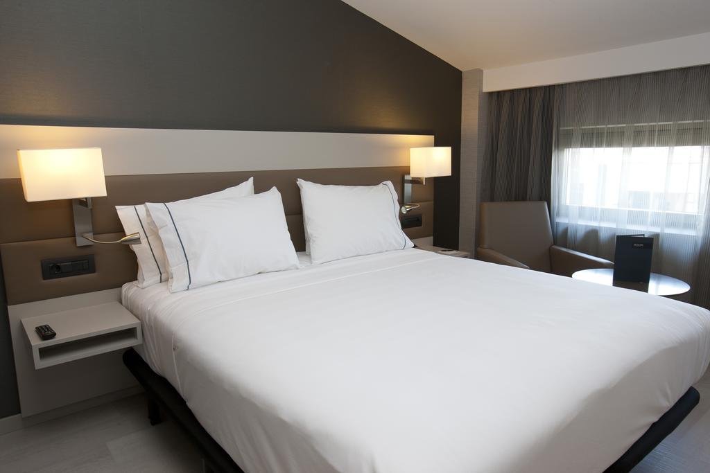 هتل ای سی کلون والنسیا
