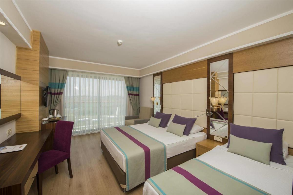 هتل ماریتیم سرای ریجنسی