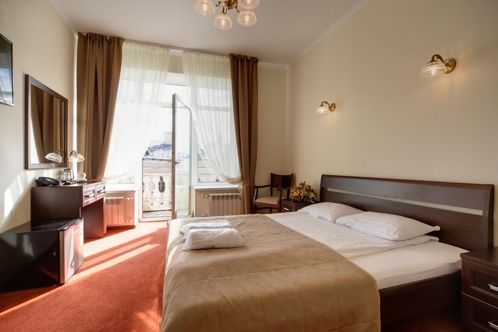 هتل ادمیرالتیسکایا سن پترزبورگ
