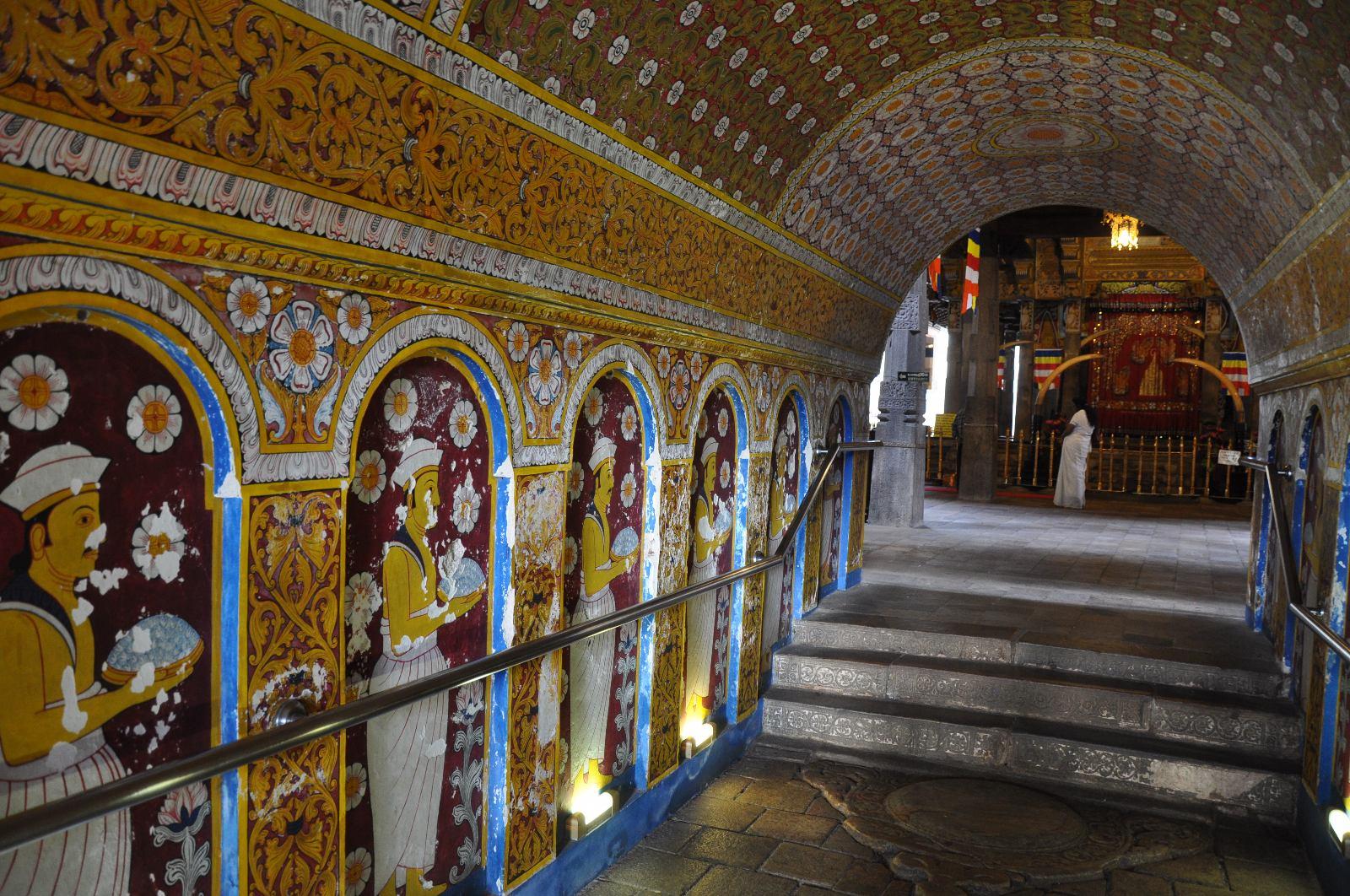معبد دالادا مالیگاوا سریلانکا