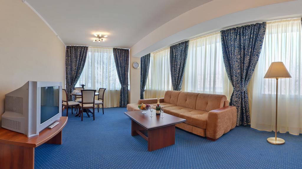 هتل آیروپلیس مسکو