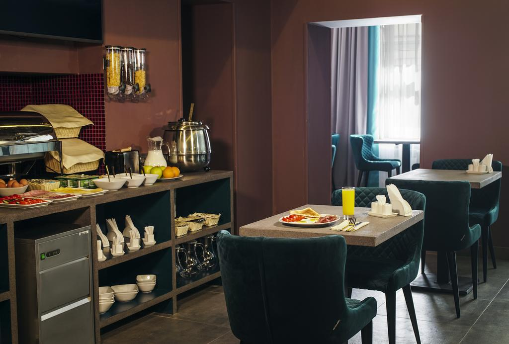هتل ولیون پاولتسکایا مسکو