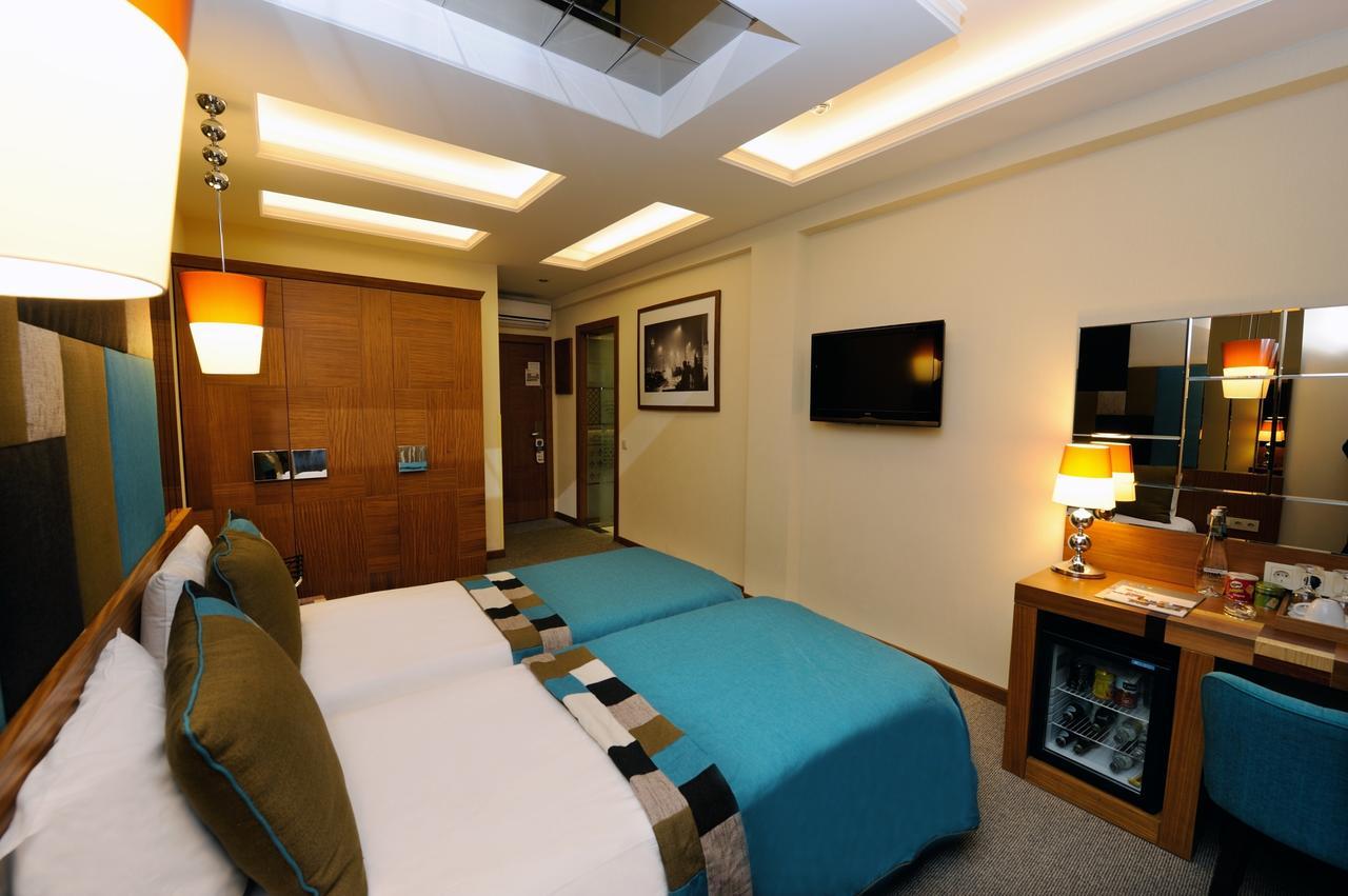 هتل کلاژ پرا استانبول