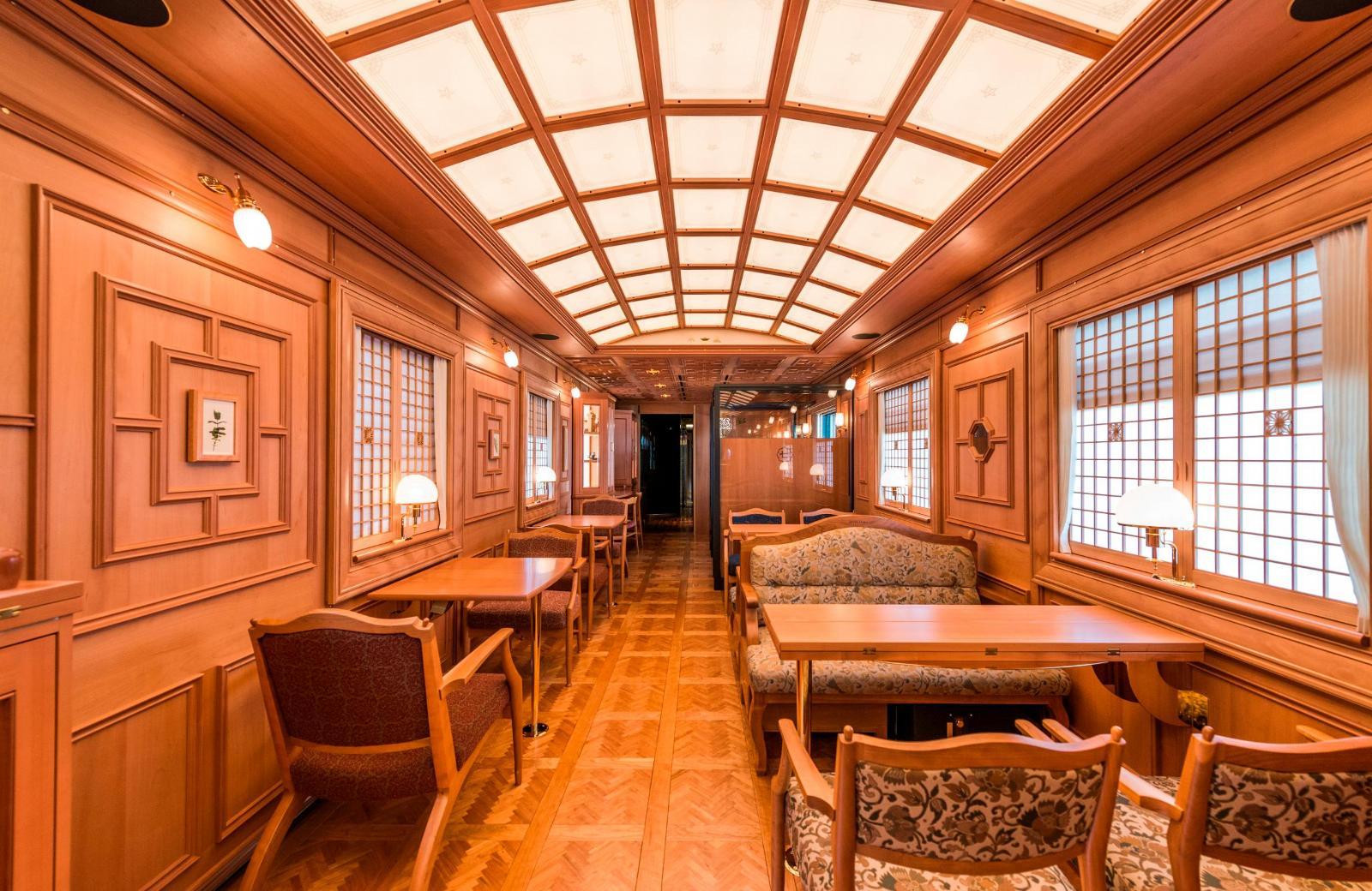 قطار کروز هفت ستاره ژاپن
