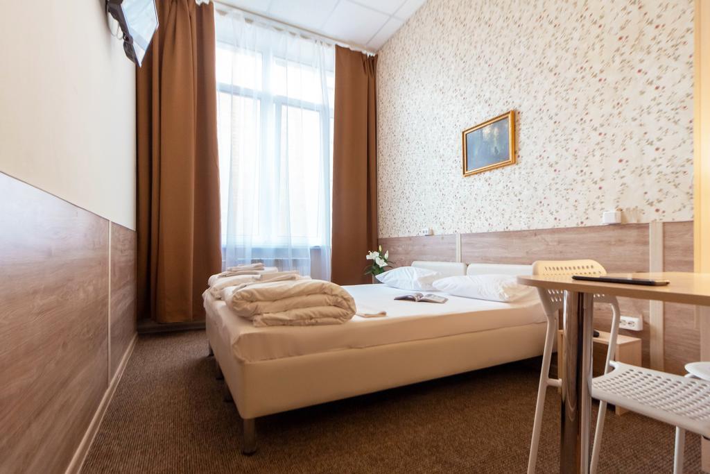 اهوم هتل آن اوکروژنایا مسکو