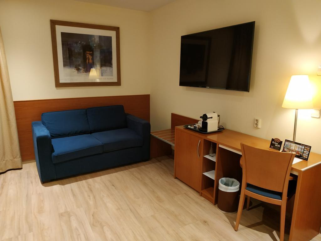 هتل سورولا سنترو