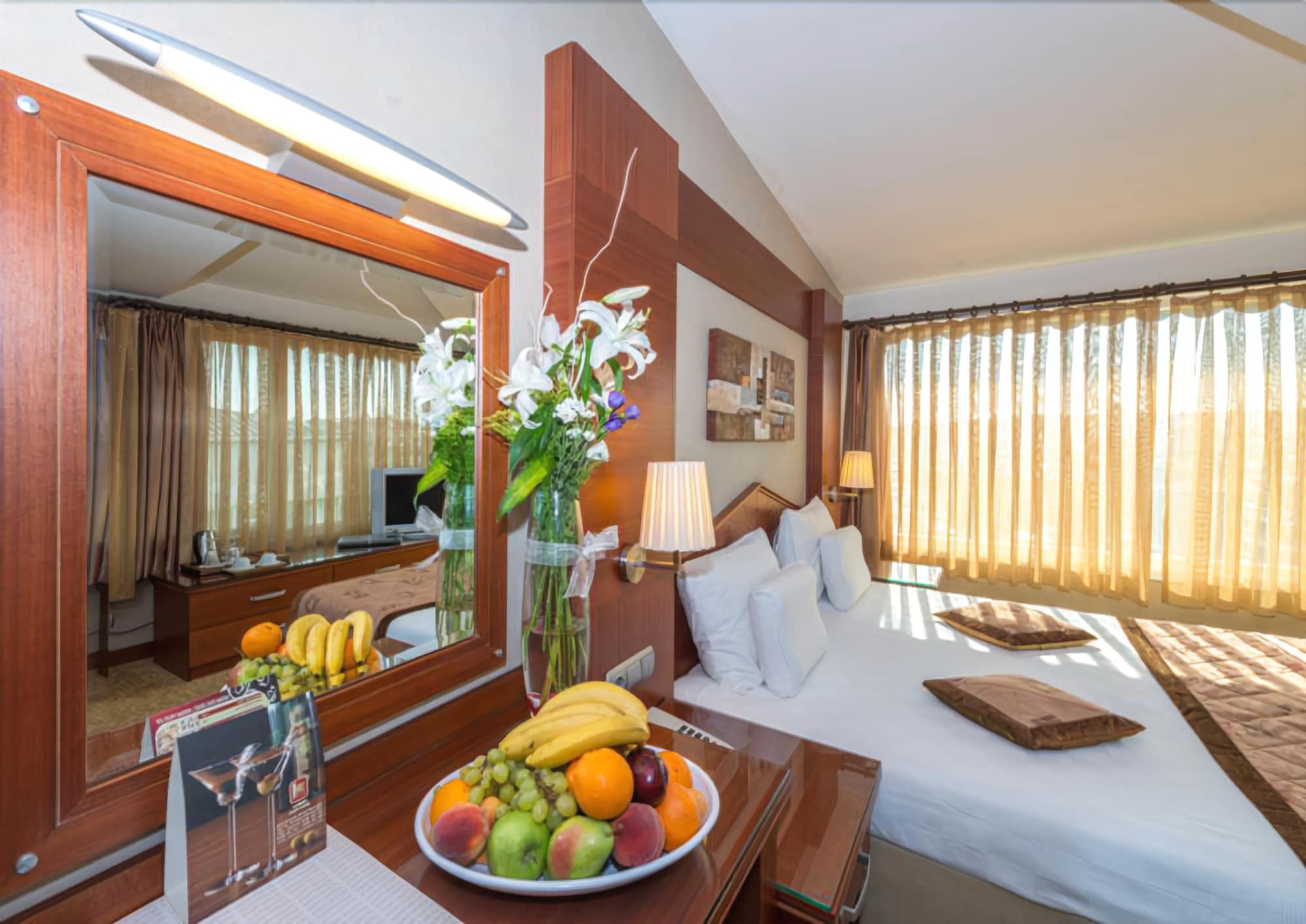 هتل آسور استانبول