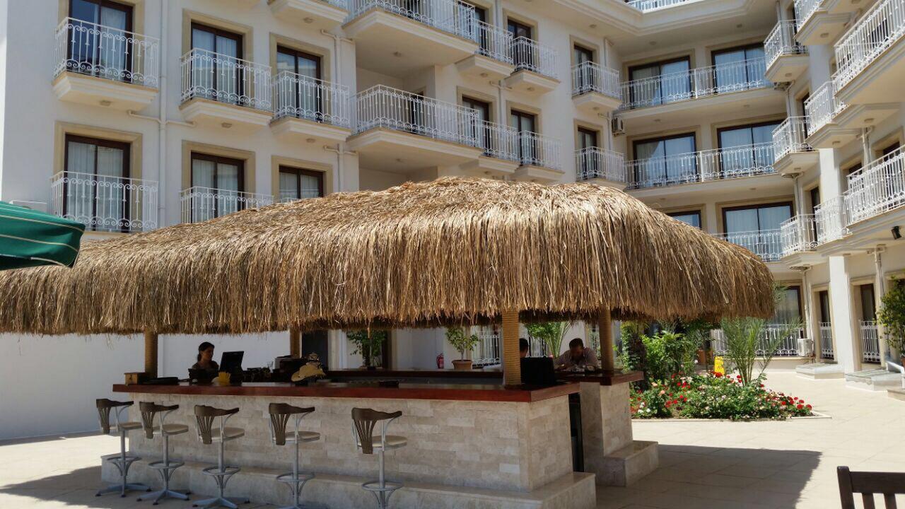 هتل پاشا گاردن بیچ مارماریس