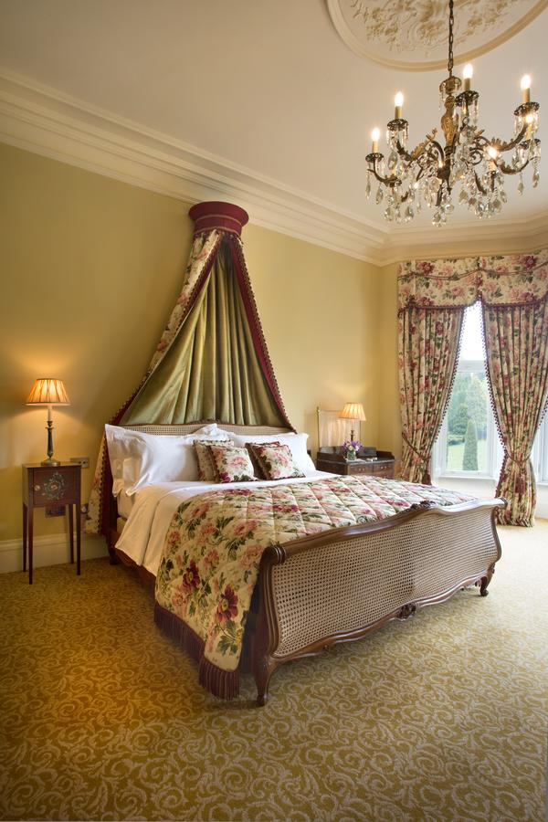 هتل کراس بسکت گلاسکو | Crossbasket Castle Hotel