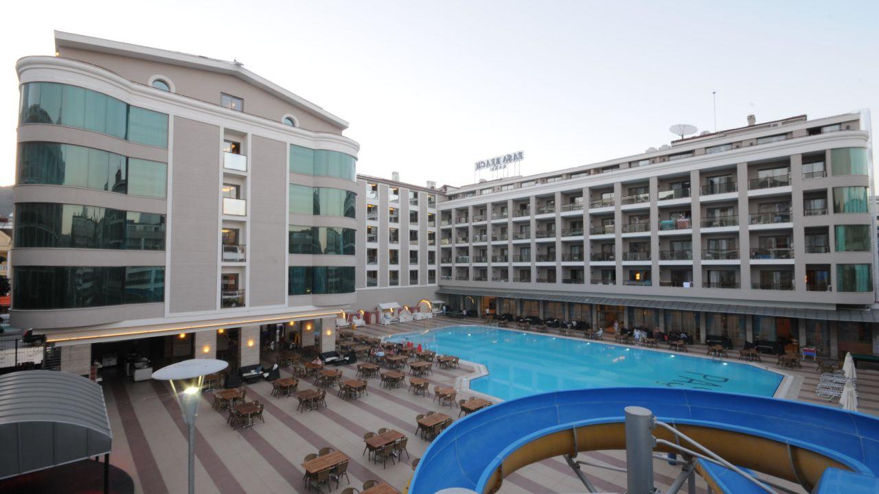 هتل پاشا بیچ مارماریس
