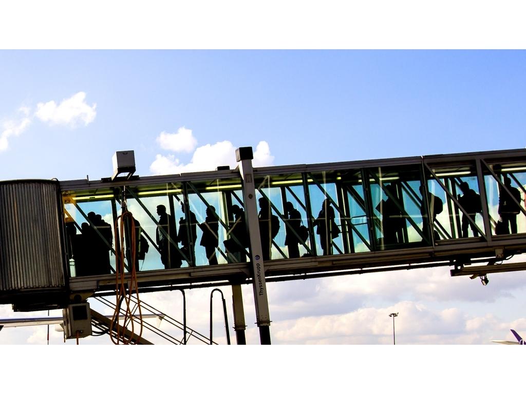 فرودگاه بین المللی شوپن ورشو