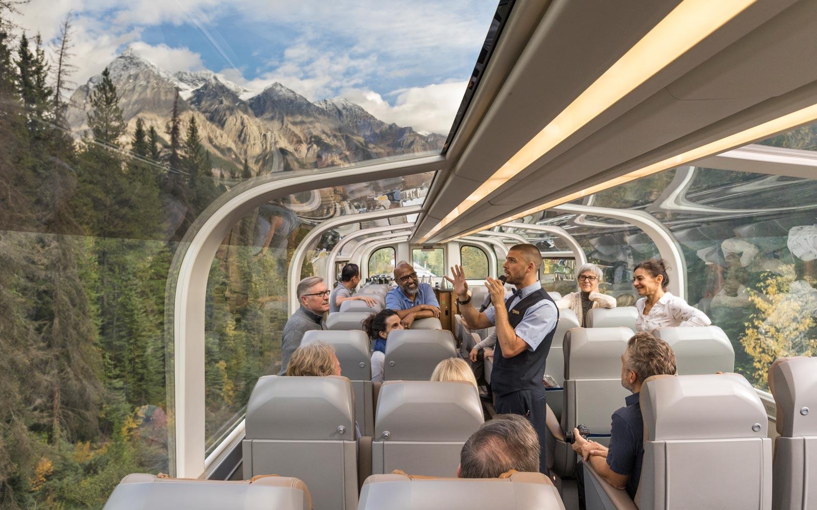 قطار شرق به غرب کانادا