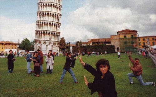 دلیل کج بودن برج پیزا