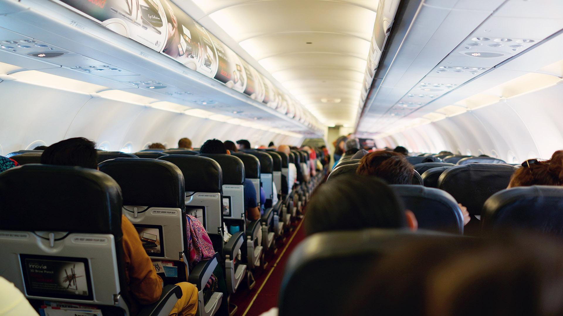 مراحل سفر با هواپیما