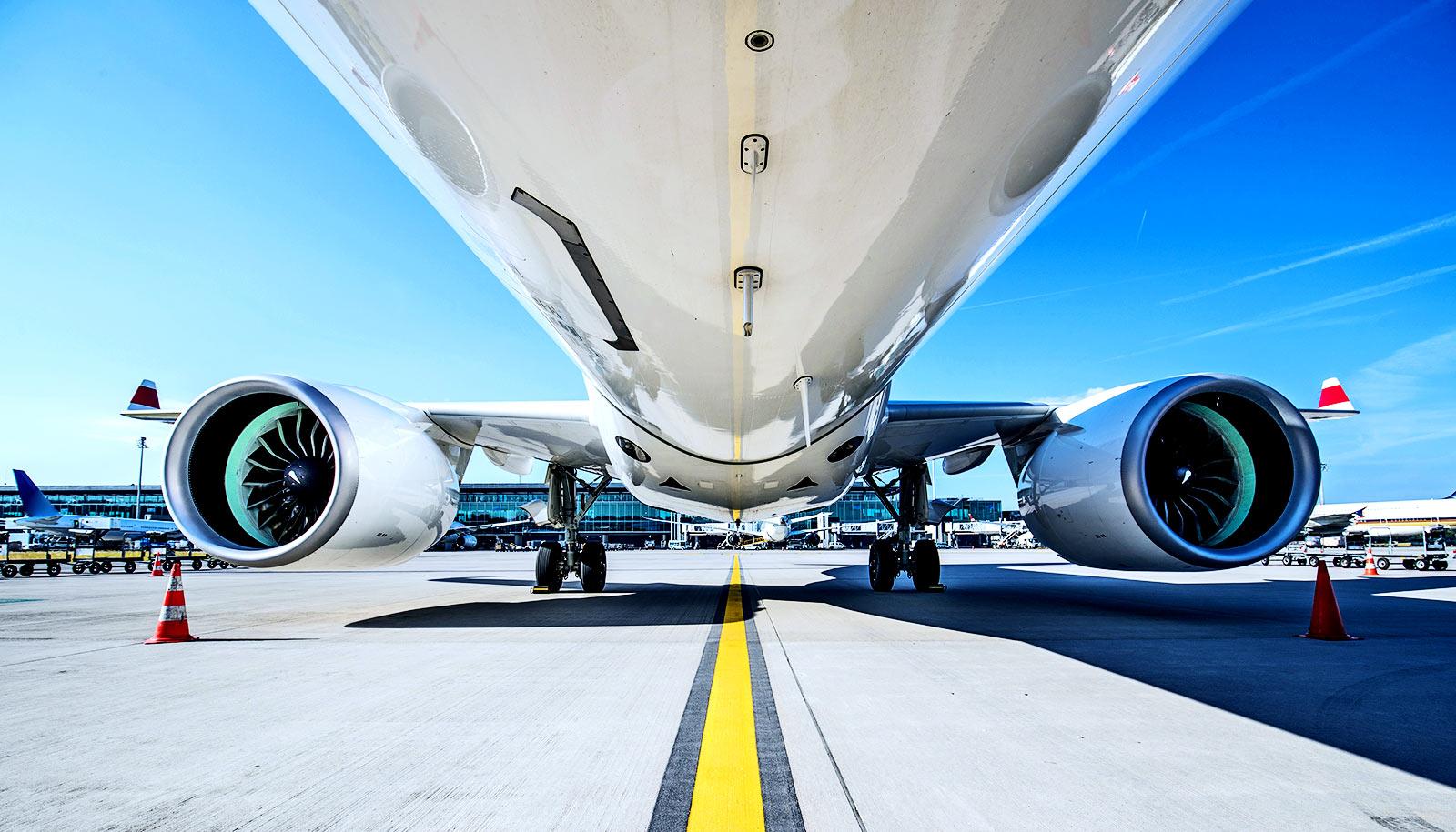 هر هواپیما چقدر عمر میکند ؟