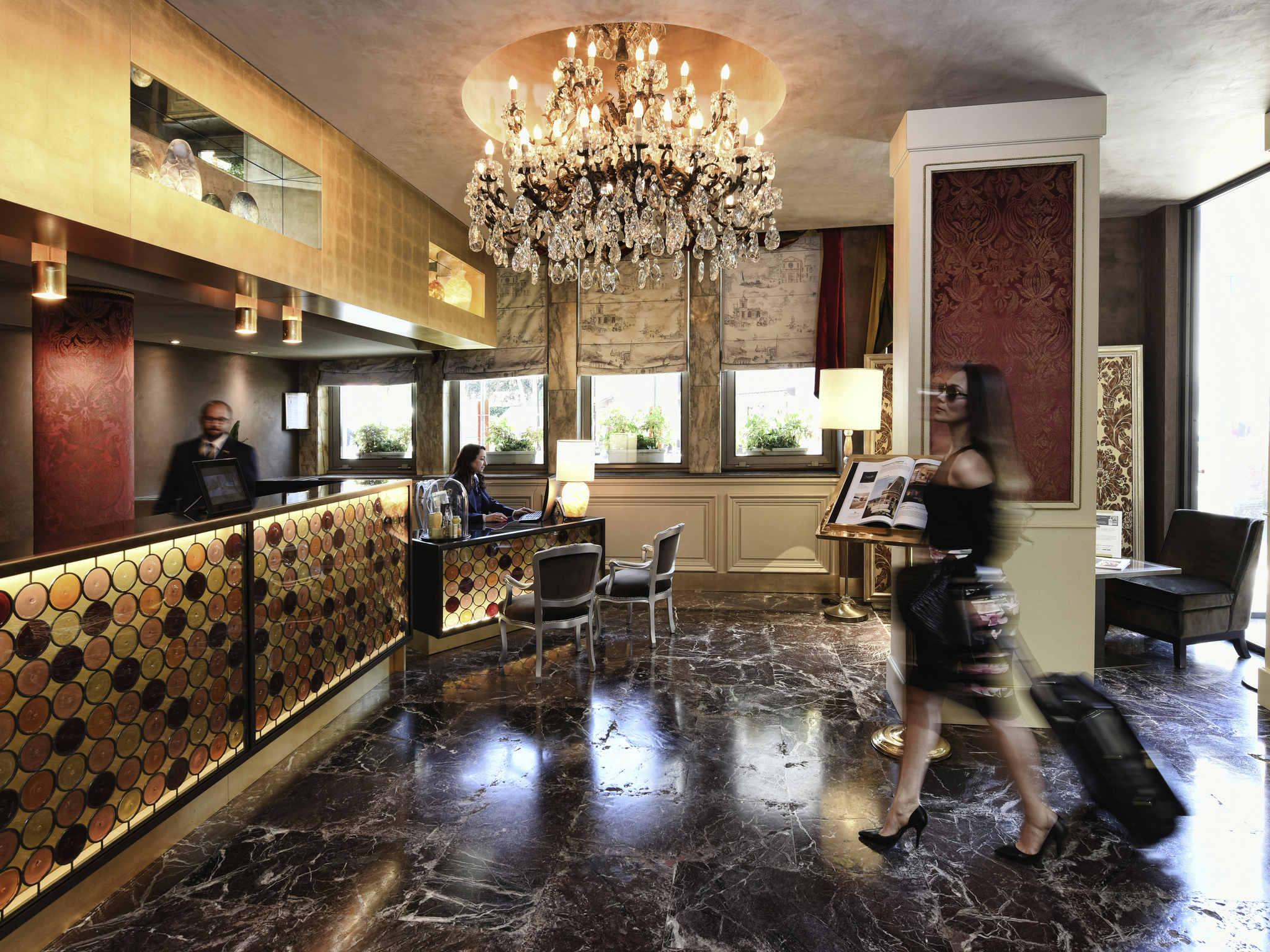 هتل پاپادوپولی ونیزیا امگالری بای سوفیتل ونیز