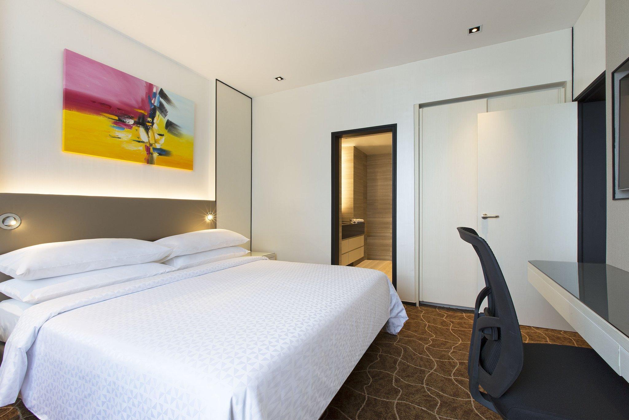 هتل ریویو سنگاپور