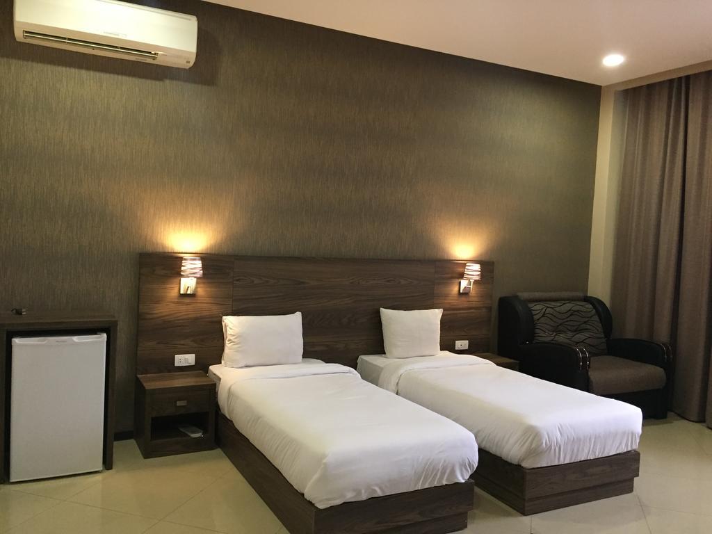 هتل گرانادا ایروان