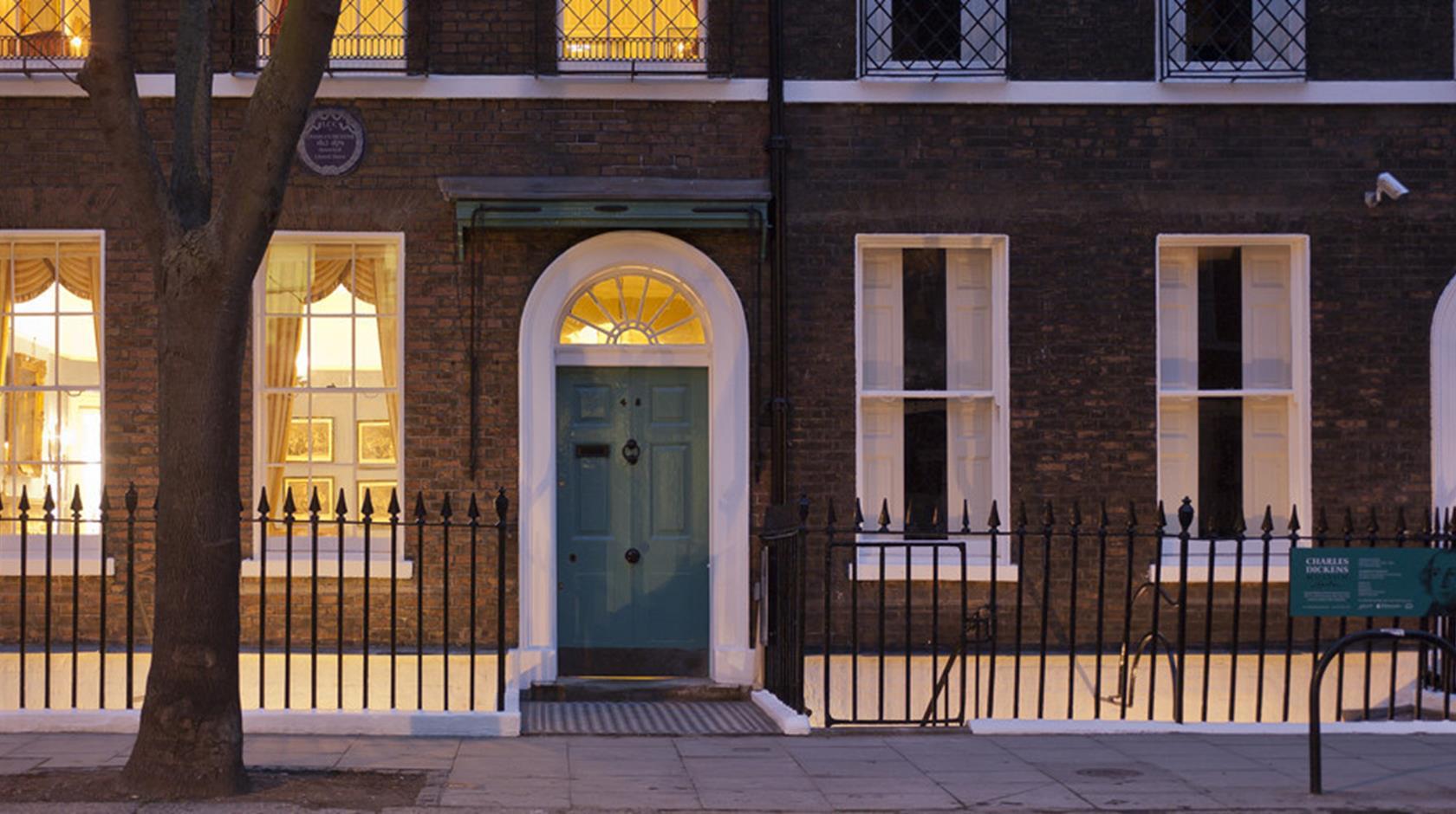 خانه مشهورترین نویسندگان بریتانیا