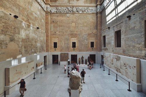 موزه نئوس آلمان