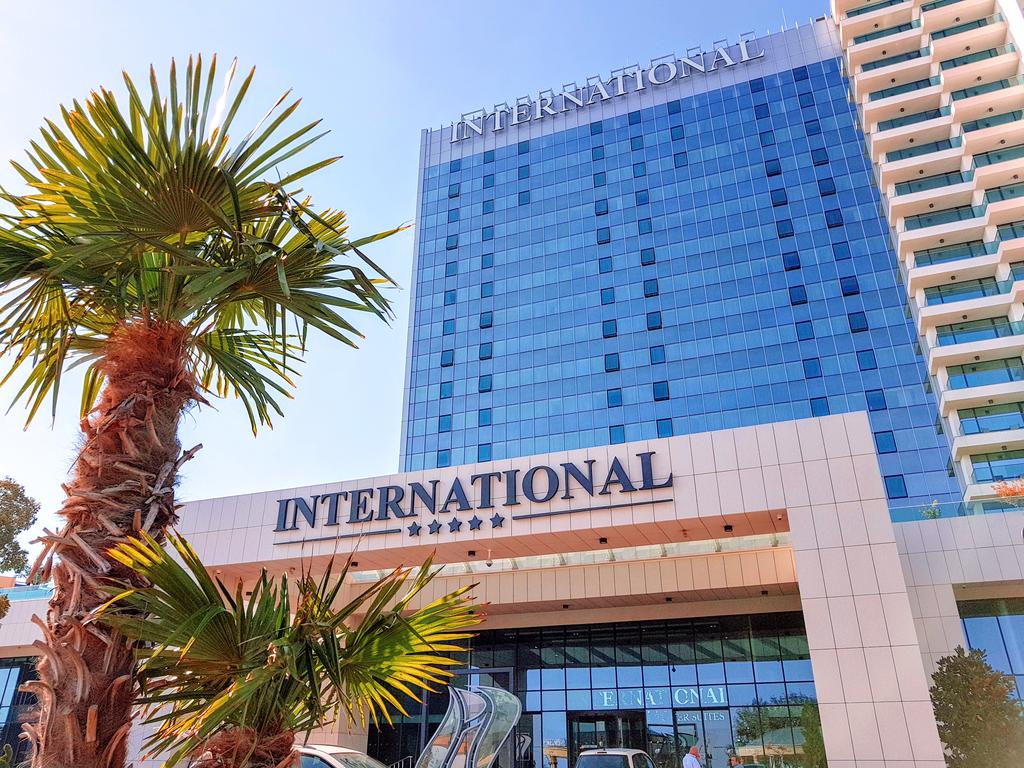 هتل اینترنشنال کازینو و تاور سوییتس وارنا
