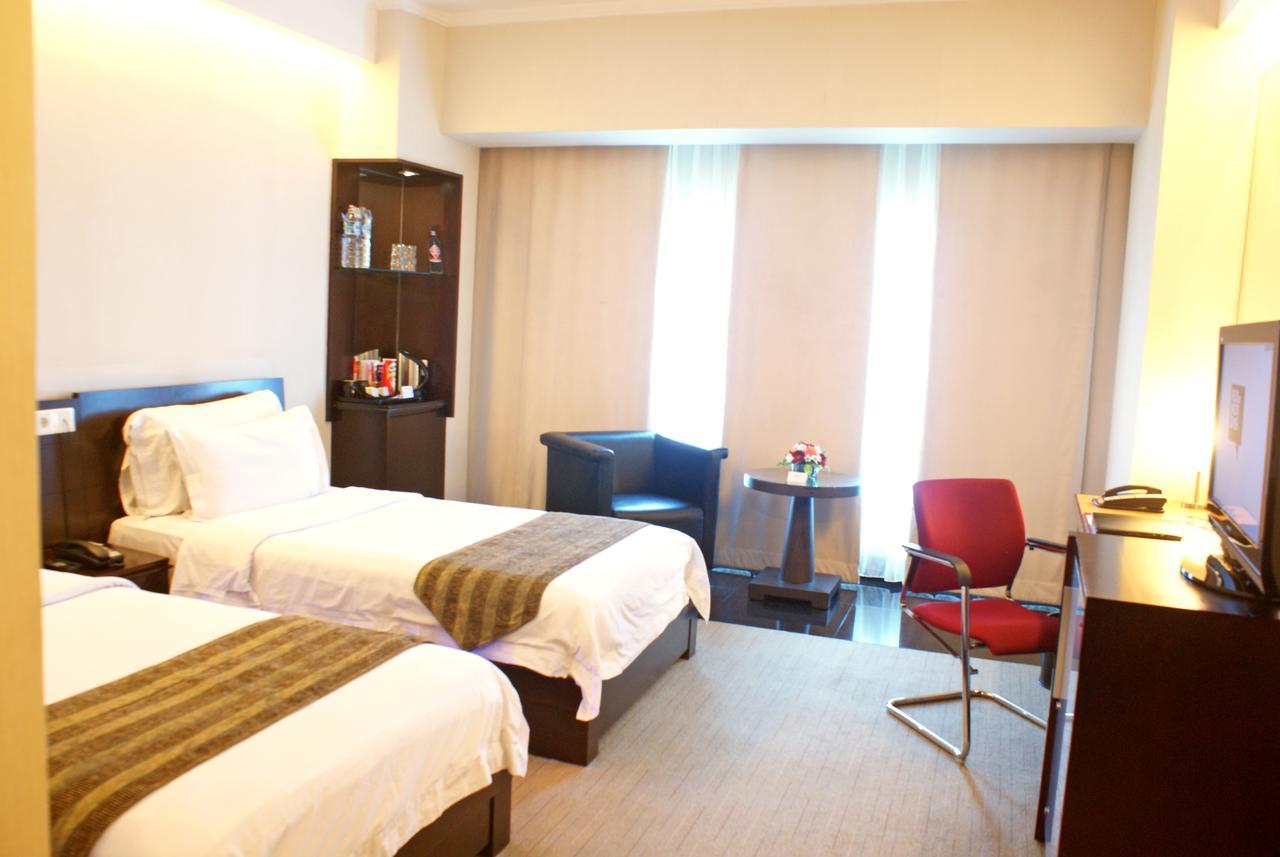 هتل منهتن جاکارتا