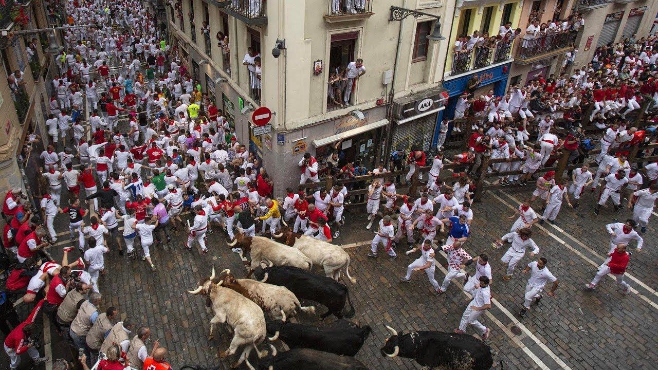تاریخچه فستیوال فرار از گاوها