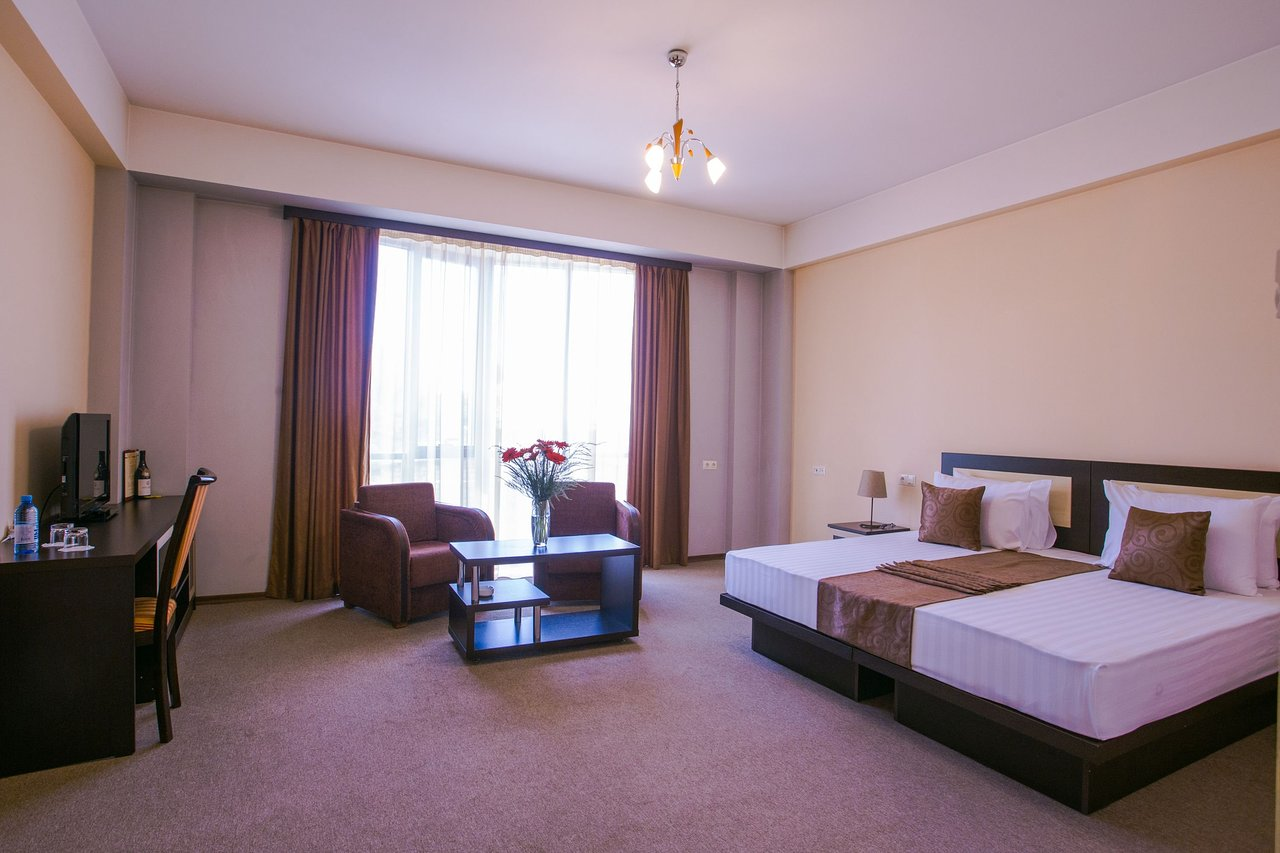 هتل تیگراان متس ایروان
