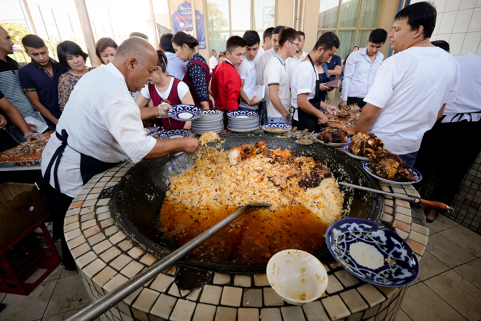 ازبکستان کشوری در آسیای مرکزی که پایتخت آن تاشکند است و در اول سپتامبر سال 1991 همزمان با فروپاشی اتحاد جماهیر شوروی، اعلام استقلال نمود.