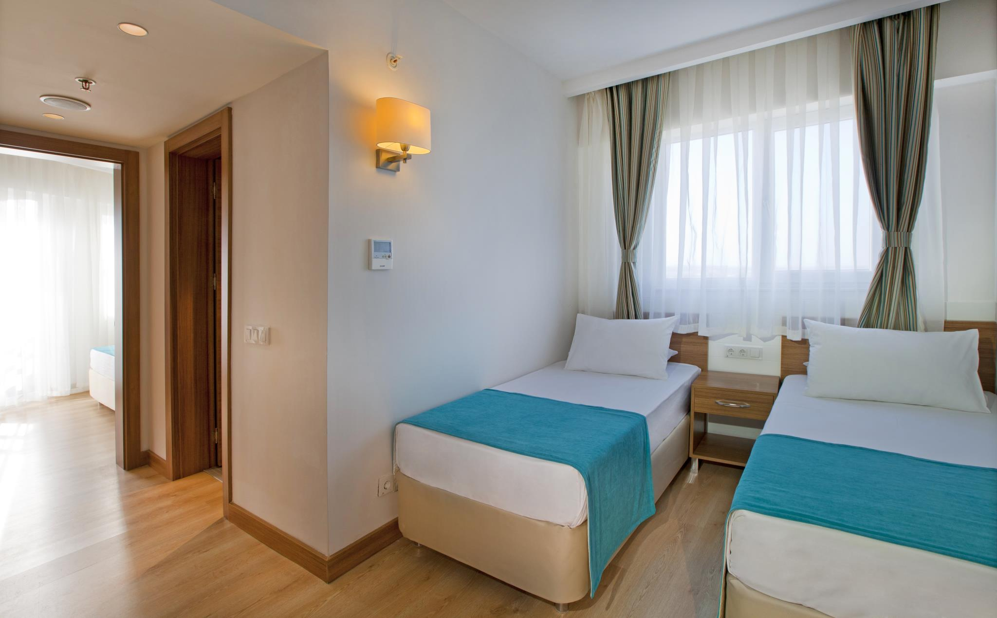 هتل گراند پارک لارا آنتالیا