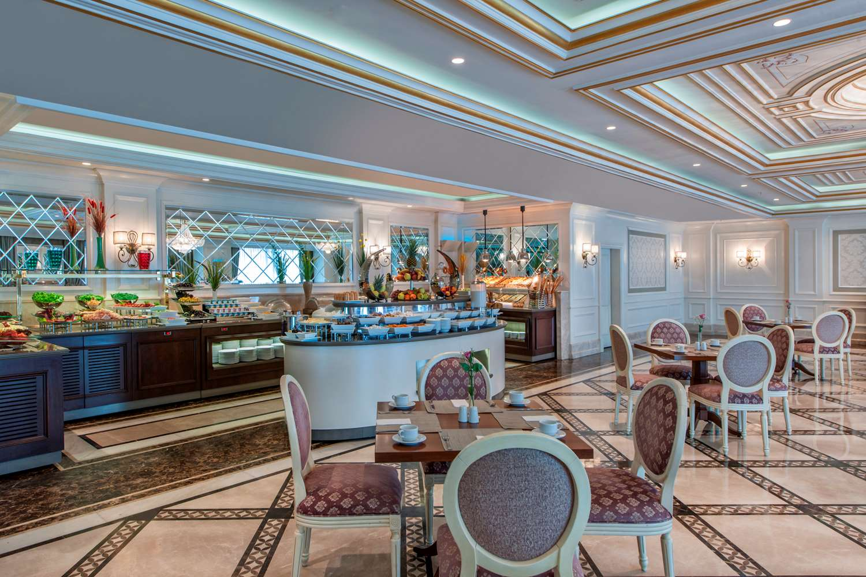 هتل ایلایت ورلد بیزینس استانبول