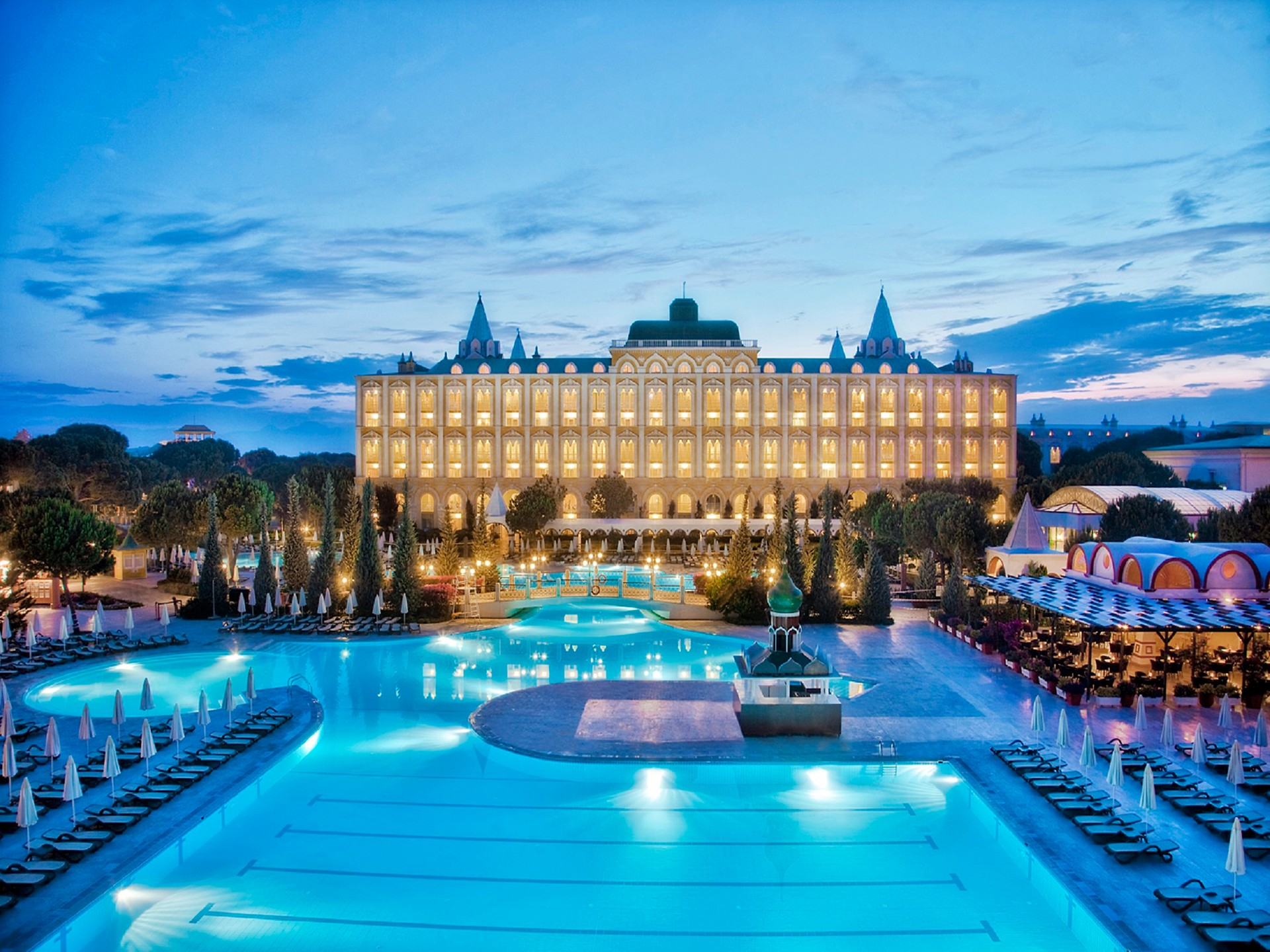 هتل استریا کرملین پالاس آنتالیا