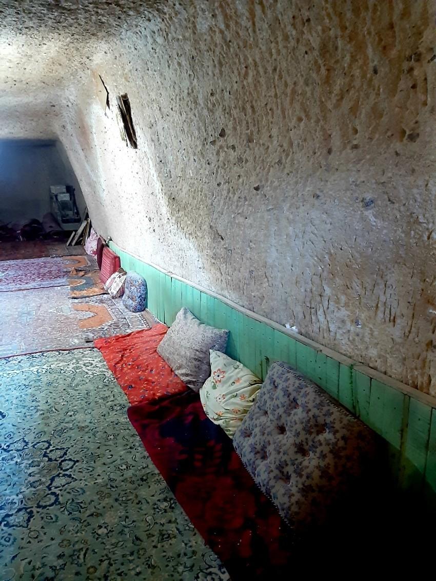 مسجد صخرهای عنصرود اسکو