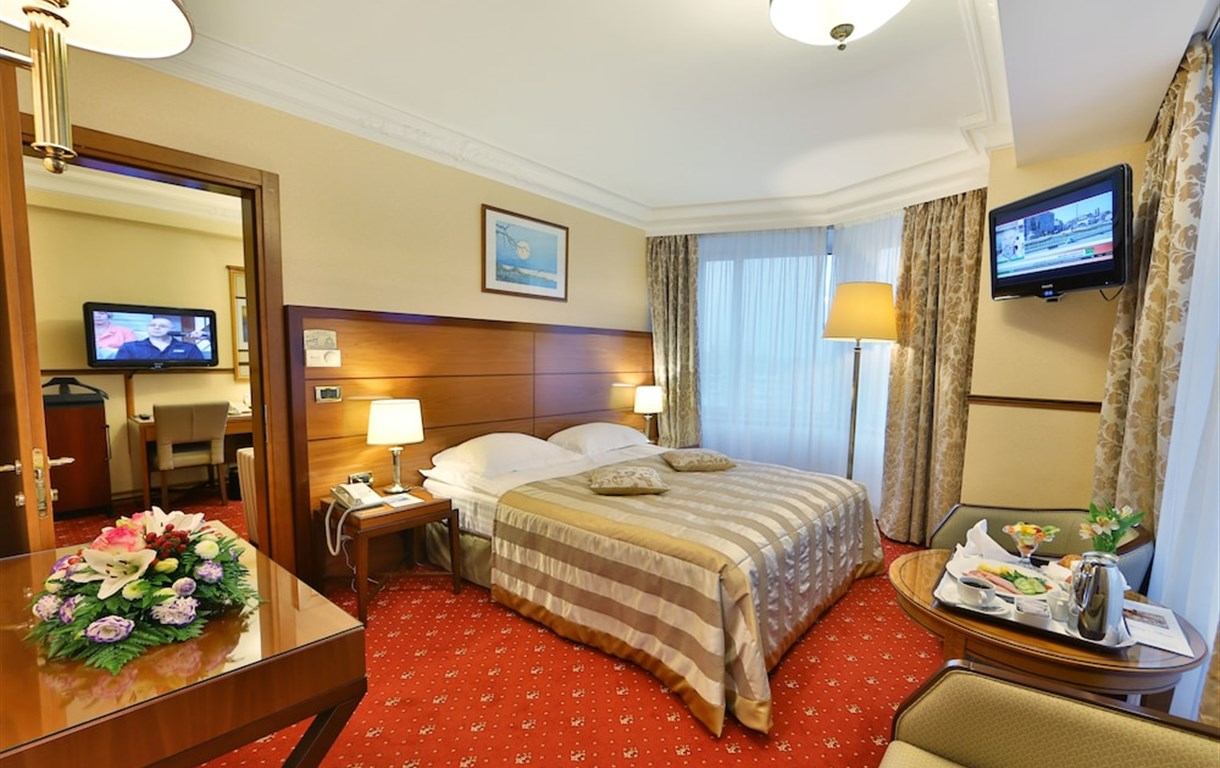 هتل گلدن رینگ مسکو