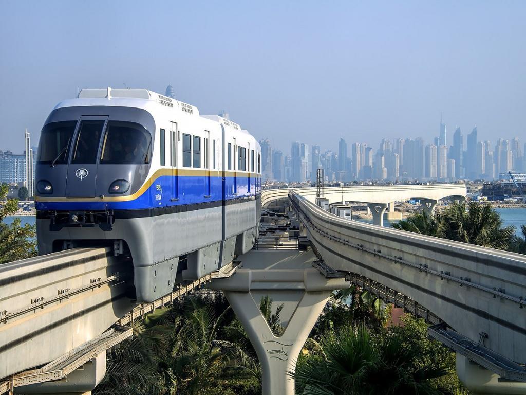 سیستم حمل و نقل عمومی دبی