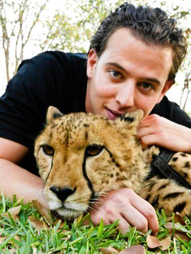 پیاده روی با چیتا در آفریقا